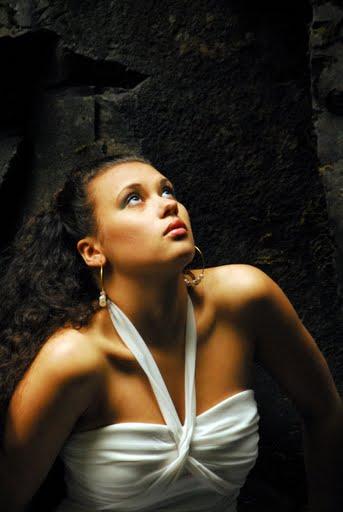Female model photo shoot of Jasmine Carey in Oneonta Gorge