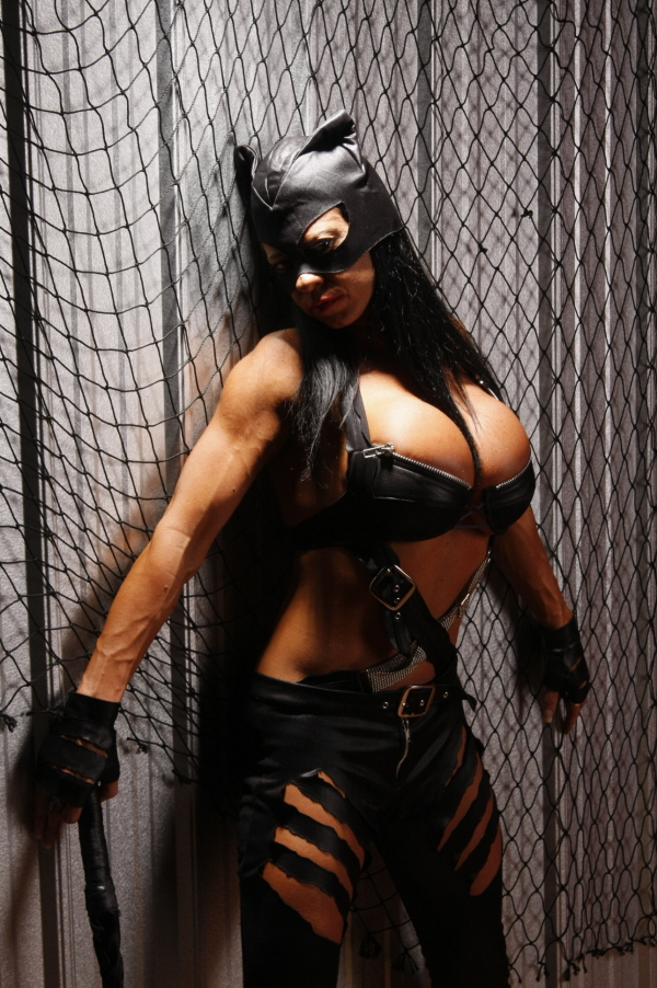 southern edge images Sep 19, 2009 Cat woman