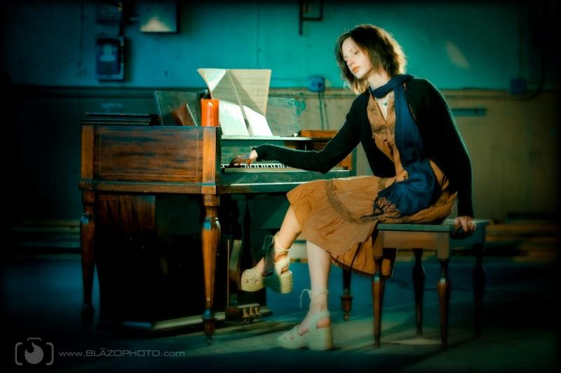 New Haven, Ct. Sep 21, 2009 Steve Blazo Photography Sara D. Piano