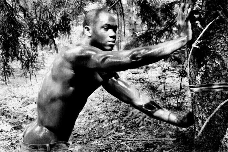 Male model photo shoot of Jonn Earl Jonnz by PhaseOne
