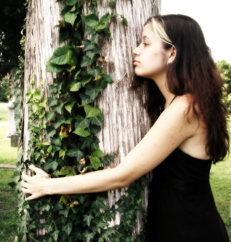 Surrey Sep 25, 2009 2009 Paul A. Presenza Tree Hugger