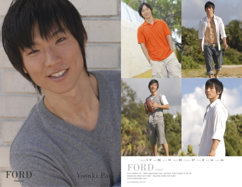 Miami Beach Sep 26, 2009 Ford Modeling & Yoonki Park Compcard