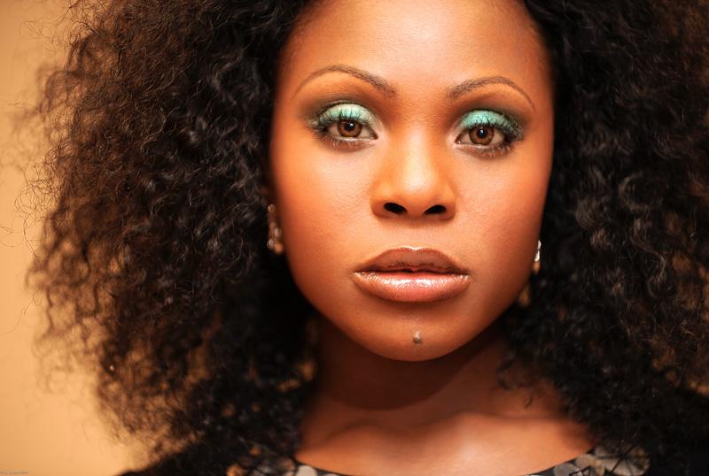 Baltimore, MD Sep 26, 2009 ONYII/Paul A. Greene Green Eyes,  Hair & Makeup by ONYC® Beauty