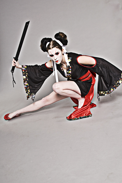 Dallas Texas Oct 02, 2009 ©2009 Neither Noir (Nate and Brian Rehlander) Rin Akane, 凛 茜, mistress of the Iaijutsu, 居合術:いあいじゅつ, fighting style