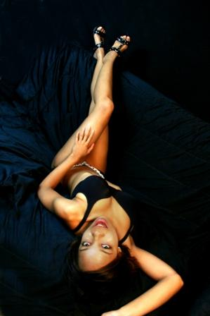 Female model photo shoot of Asit Bell