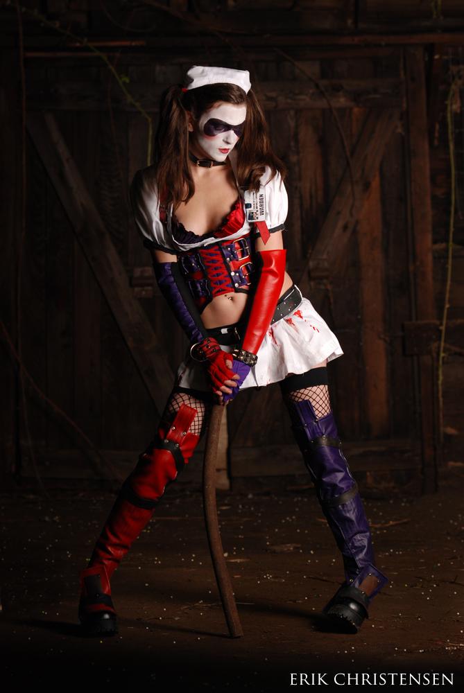 Oct 04, 2009 Harley Quinn