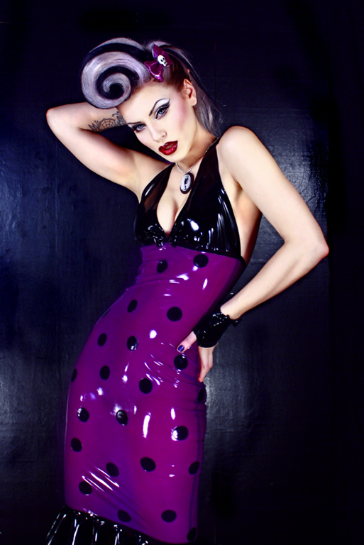 Oct 06, 2009 David Dont Jessica LaBlanche models Polka dot halter neck dress