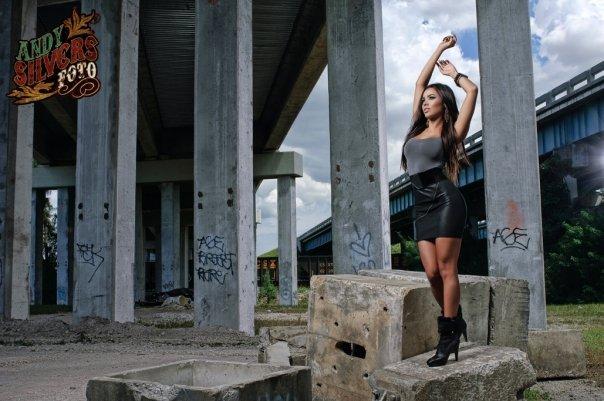 Female model photo shoot of Francesca Frigo