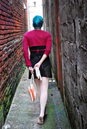 http://photos.modelmayhem.com/photos/091008/19/4ace9e8250fb5_m.jpg