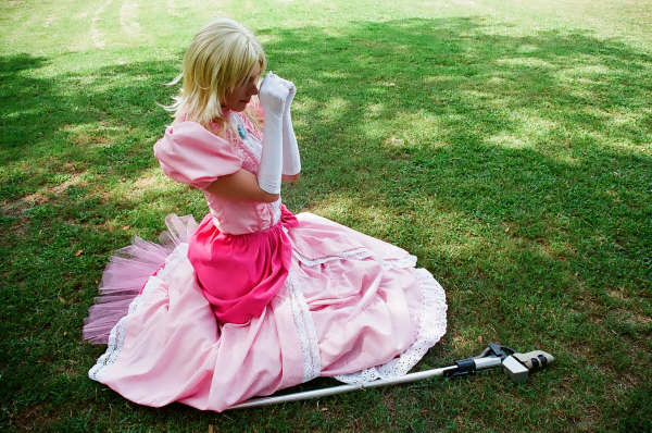 Oct 10, 2009 Cosplay - Princess Peach