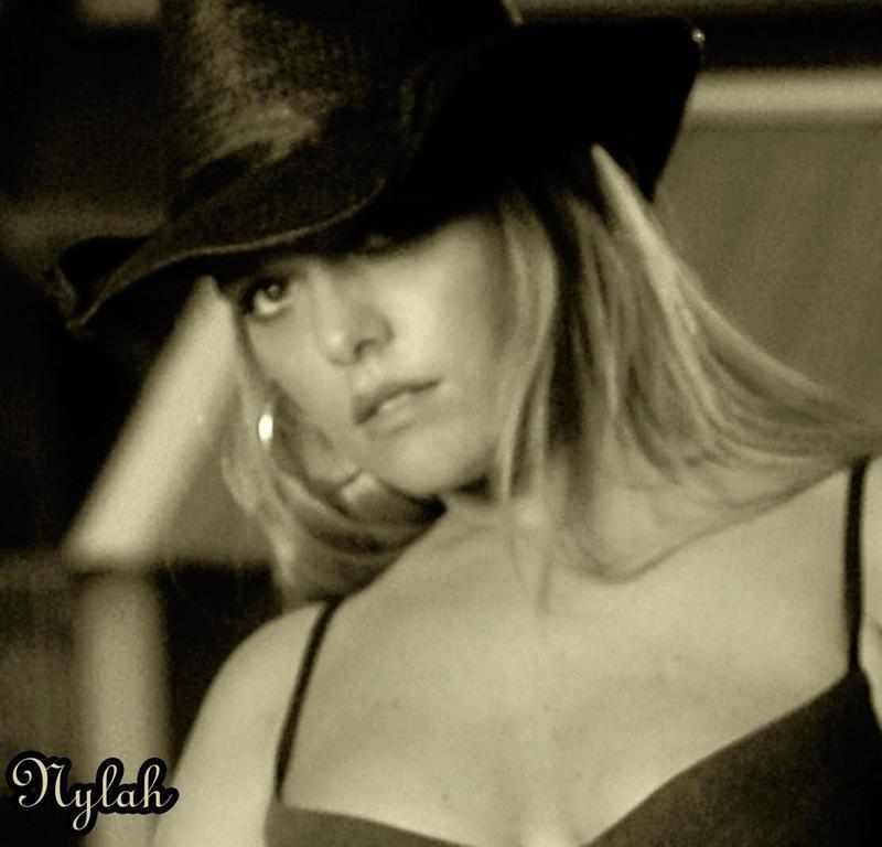 Female model photo shoot of Nylah