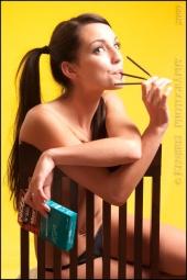 http://photos.modelmayhem.com/photos/091018/22/4adbf3a461212_m.jpg