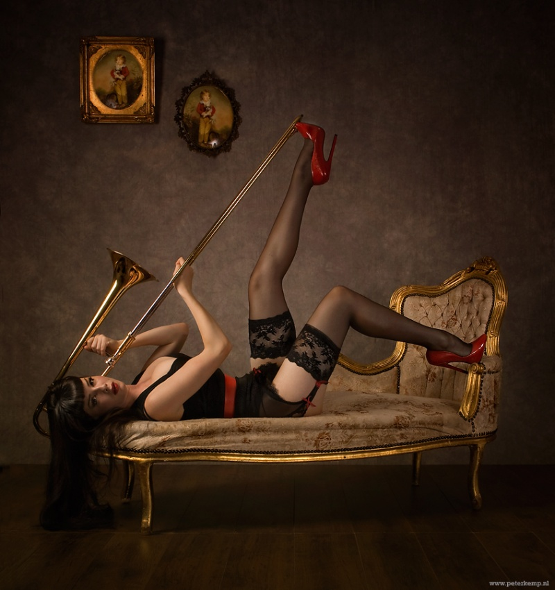 Oct 26, 2009 www.peterkemp.nl Music with model: Dena Massque