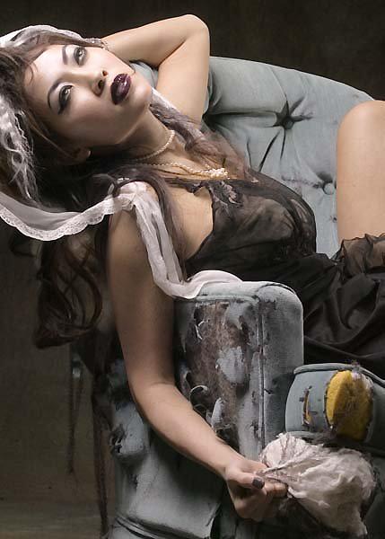 Oct 28, 2009 Photo: Ben Kerns Vampire or Corpse Bride?
