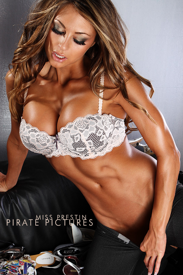 Oct 30, 2009 PiratePictures PiratePictures: Photographer/ Art Director Miss Prestin: model /Hair /make up / stylist