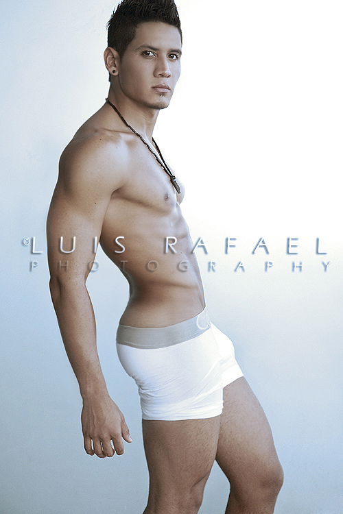 Picture About Male Model Jose Baptista 22 Years old from Miami, Florida, US