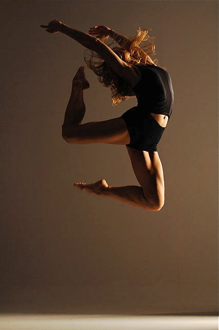 New York City  Nov 03, 2009 Photographer: Quinn Batson  Dance Campaign for Exhibition