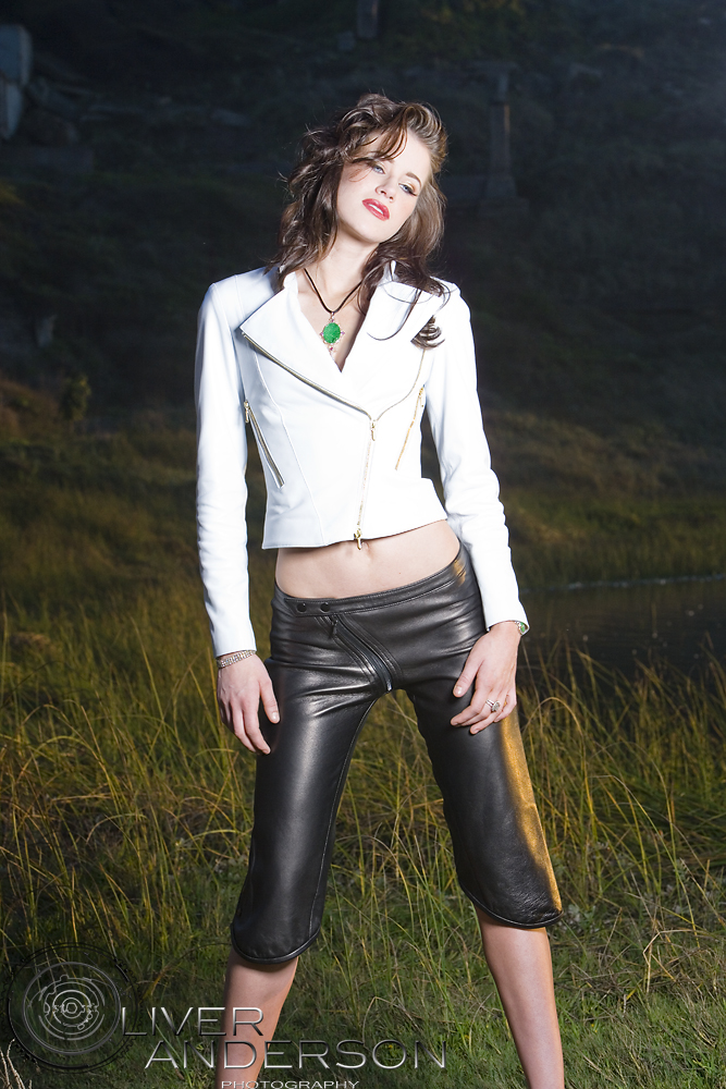 Nov 05, 2009 2009 Oliver Anderson Antoinette Leather jacket/pants WCL Margaretti Jewels