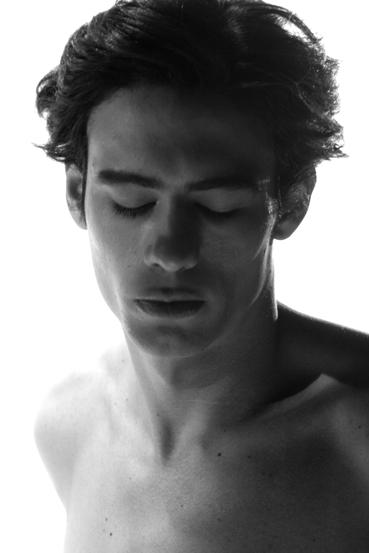 Male model photo shoot of Nik Photos in Indoor
