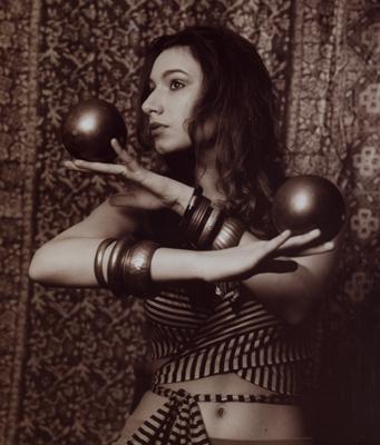 Maynard, MA Nov 07, 2009 can I contact juggle, or am I pretending?