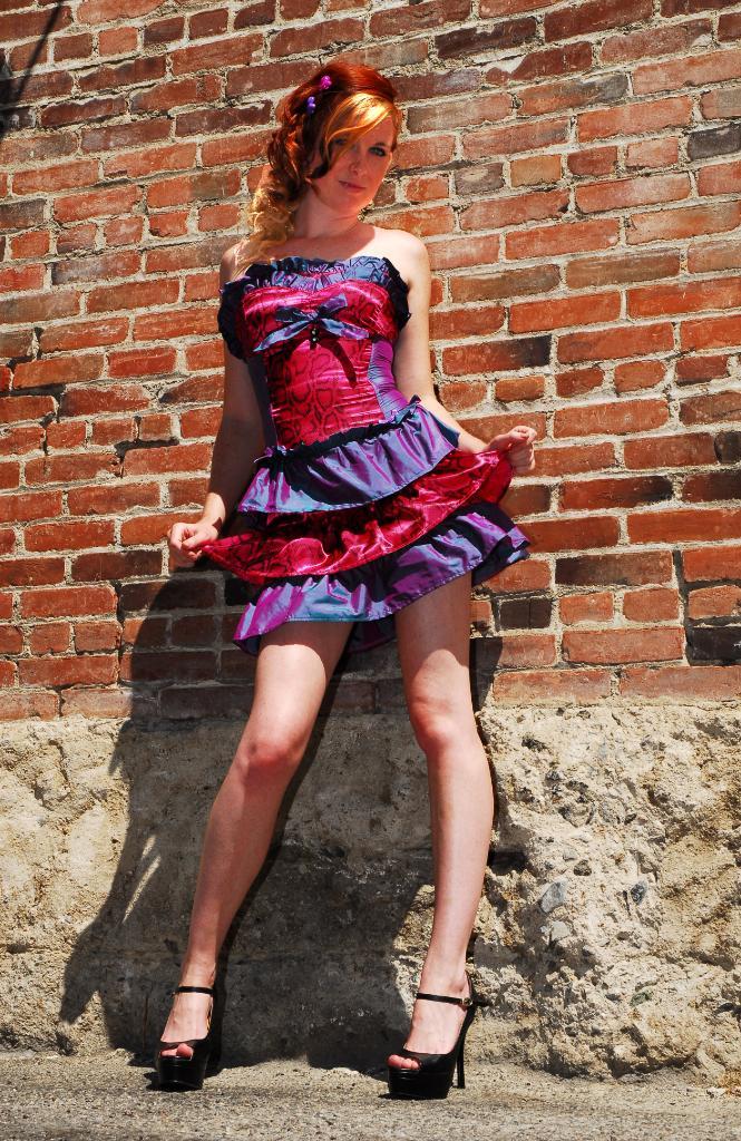 Hollywood, CA Nov 10, 2009 Valt Girls shoot