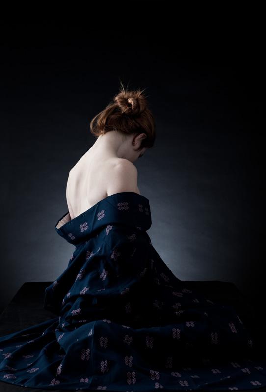 Nov 14, 2009 ©Eric Kellerman 2009 Woman in Kimono