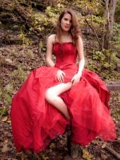 http://photos.modelmayhem.com/photos/091123/00/4b0a448357f84_m.jpg