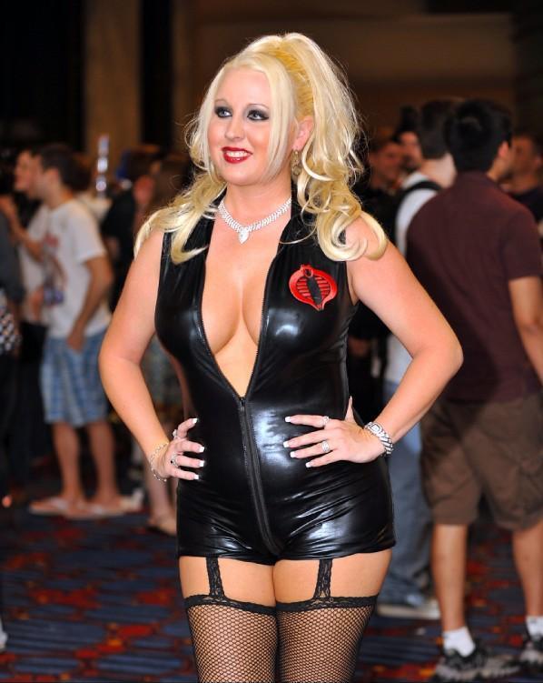 Dragon Con 2009 Atlanta, GA Nov 25, 2009 Me as sexy Cobra Baroness from G.I. Joe