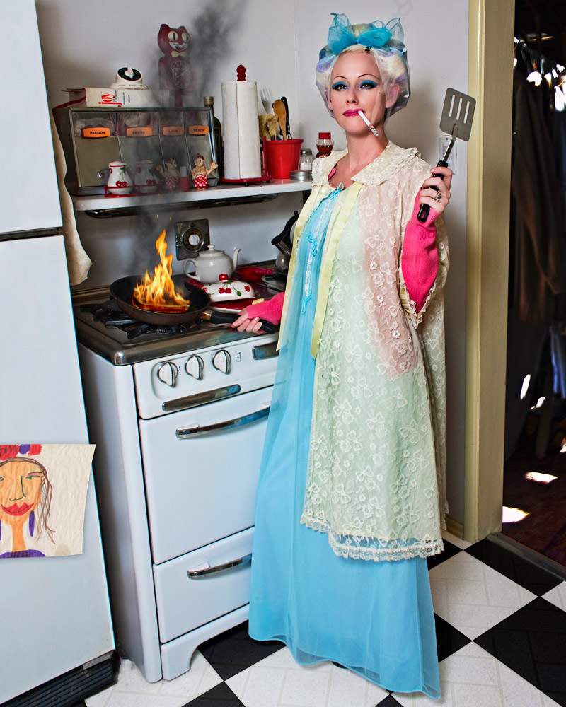 Hollywood, CA Nov 25, 2009 ©2006 J Sigerson •well done• (model/styling Shelly Sprague)