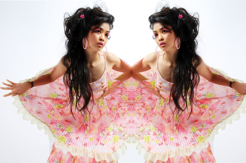 London Nov 29, 2009 Janna Rean Dolly
