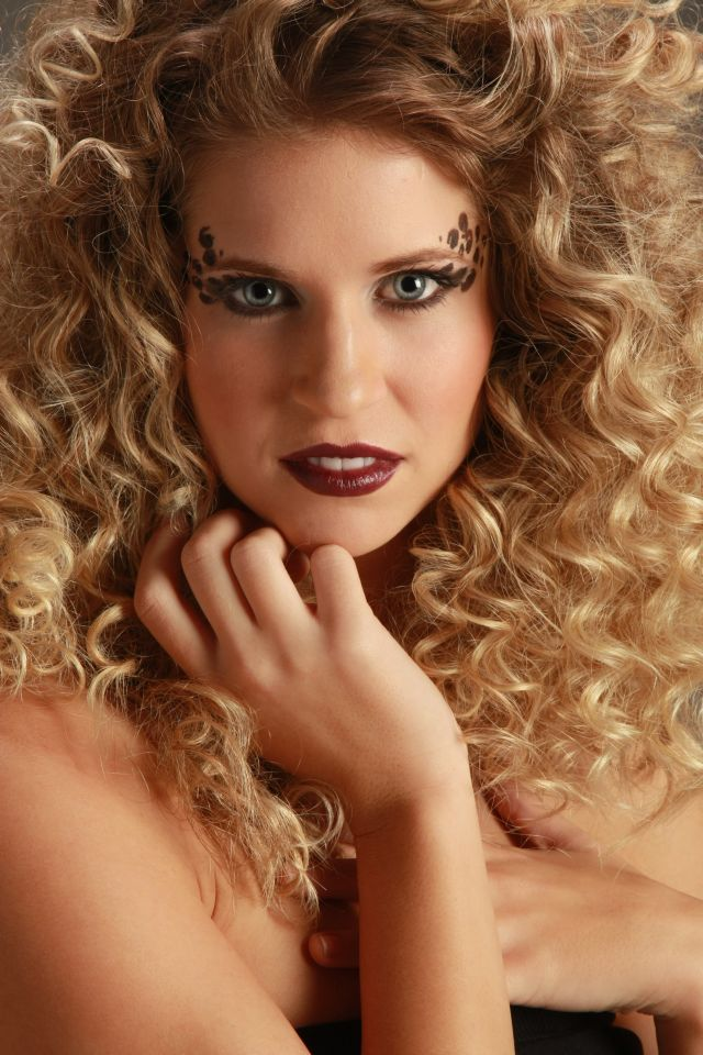 Female model photo shoot of Eryn Thomson by Sallys Enchanted Photo, makeup by Jessica McDonough