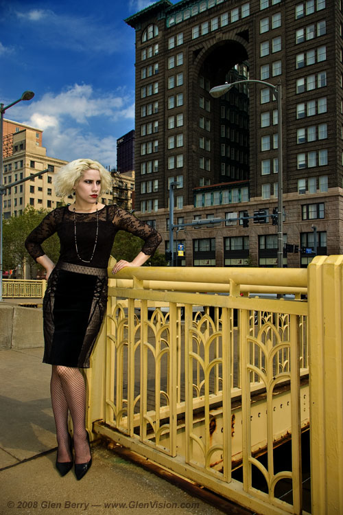 Pittsburgh, PA Dec 01, 2009 Copyright 2008, Glen Berry, all rights reserved. Selina, on the 6th St bridge in downtown Pittsburgh