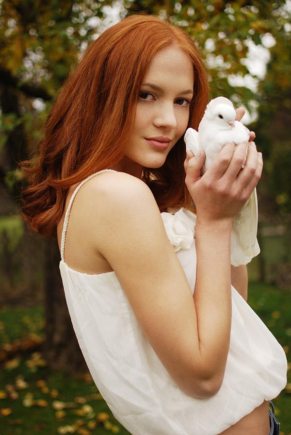 Female model photo shoot of Menschenfotografin