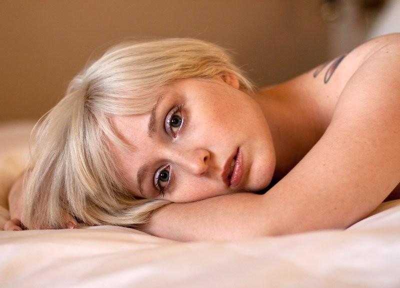 Phoenix, AZ Dec 04, 2009 Joel Gilgoff Current Blonde hair color