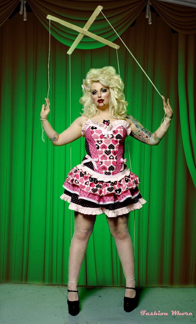 Dec 07, 2009 Ian Compton Model/Hair/MUA- Zsa Zsa B Dolls On Strings