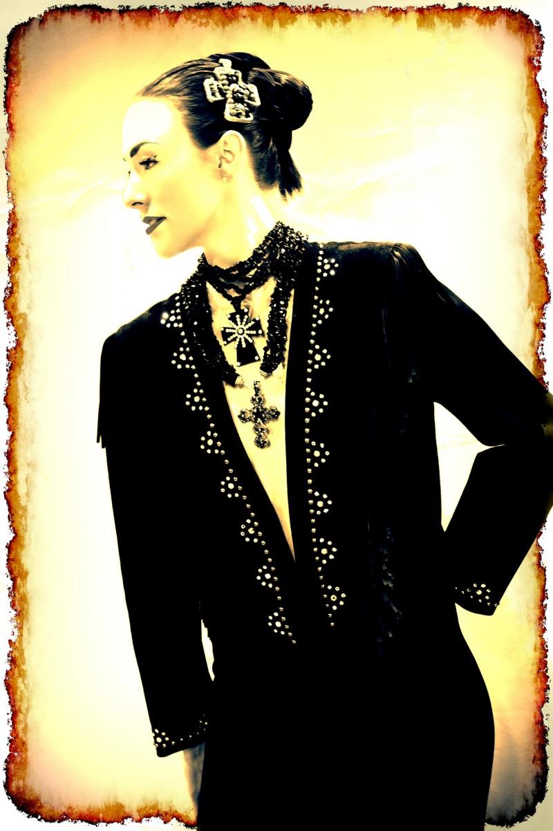 Male model photo shoot of Carlos de Santiago in Las Vegas South Point Hotel and Casino