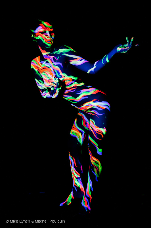 My Studio: Manayunk (Philadelphia) PA Dec 31, 2009 © 2009 Mike Lynch and Mitchell Poulouin Black light dancer