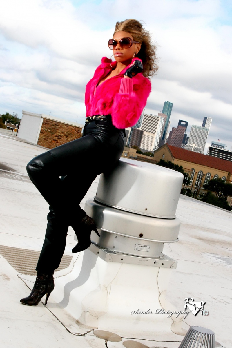 Downtown Houston Jan 03, 2010 2009 Fashion Shoot On the Rooftop