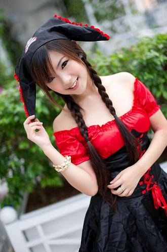 Female model photo shoot of Michelle Qiu