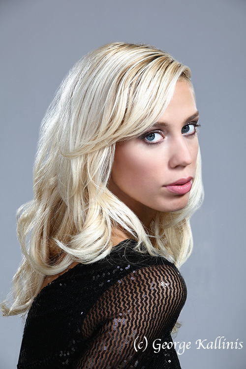 Female model photo shoot of Darya89