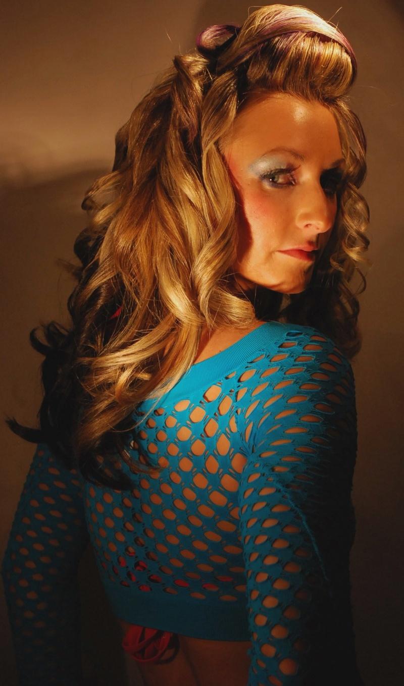 Female model photo shoot of MALIKATHEHAIRSTYLISTcom in 2706 Mac Arthur blvd. Oakland, Ca. 94602