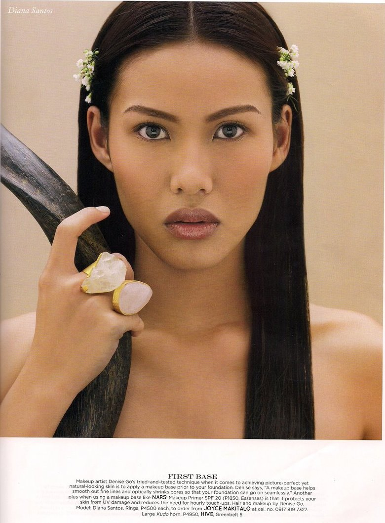 Female model photo shoot of DiANA SANTOS