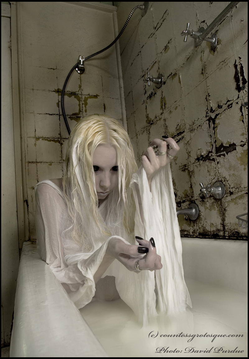 Jan 19, 2010 Photo: David Purdue. Model, hair, make-up and concept- me eyes are contact lenses, bath is milk.
