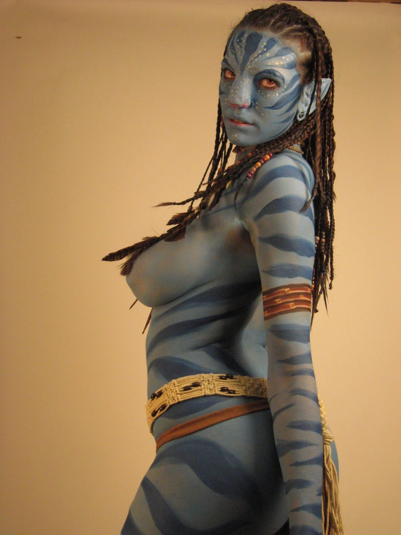 Manchester Ct. Jan 21, 2010 Neytiri from AVATAR(Hair by Z, Body make up by Roberta Mandella and Z)