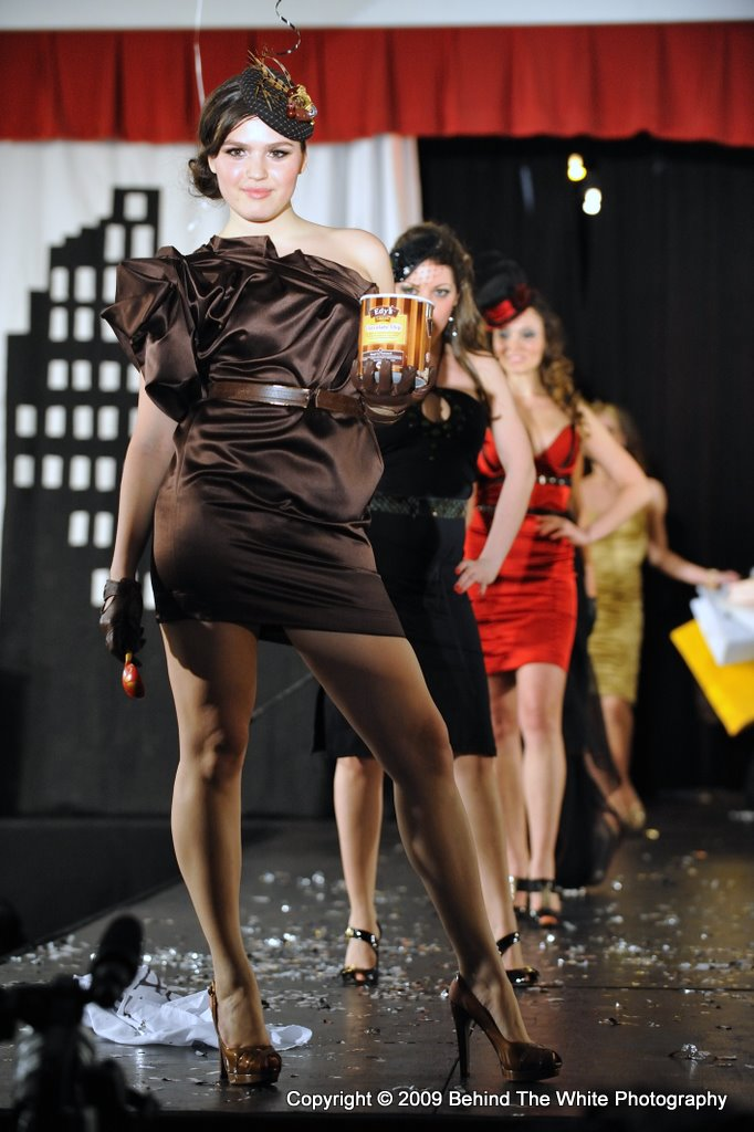 Female model photo shoot of JewelyJules