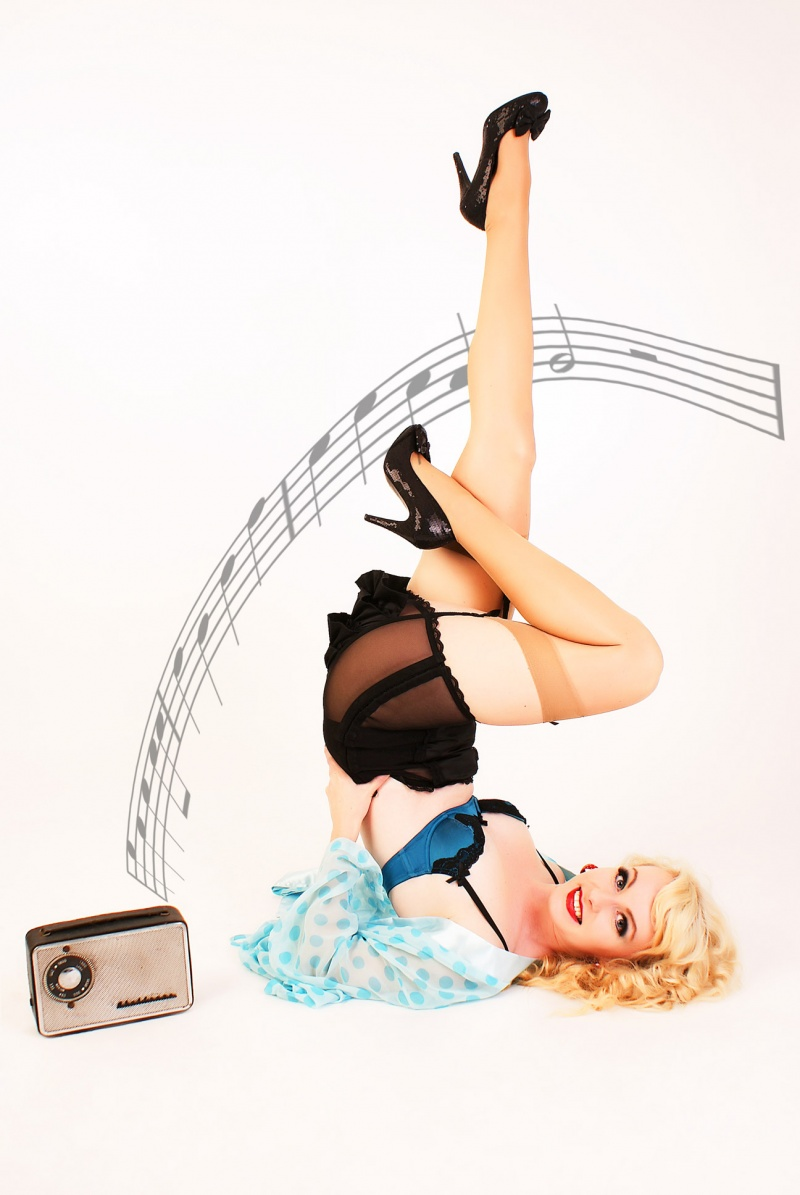 Jan 26, 2010 Photographer - David Laurie Gil Elvgren style shoot