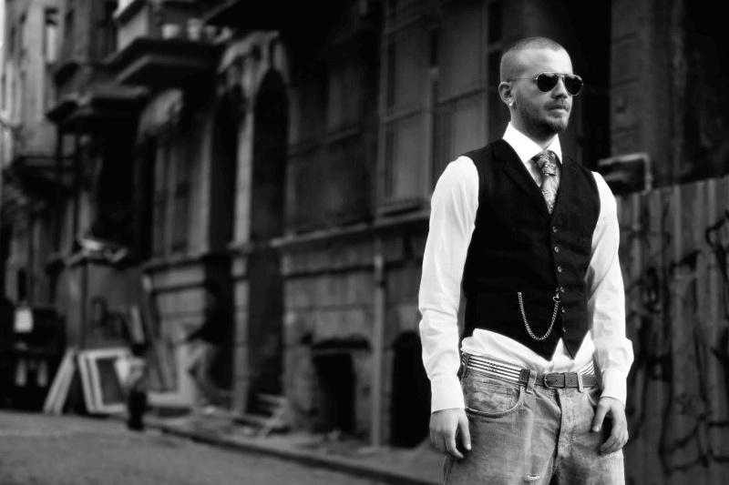 Male model photo shoot of Sedat Dogan in ISTANBUL