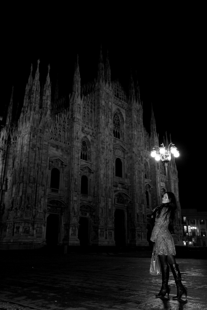Milan, Piazza Duomo Feb 06, 2010 Ekaterina Light in the dark