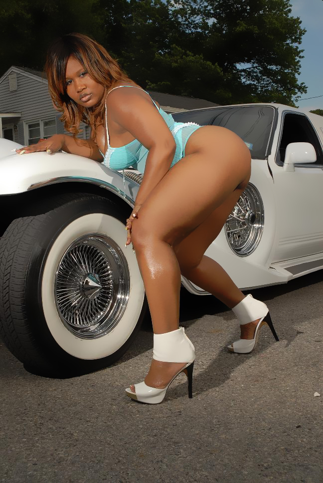 Female model photo shoot of Real Ms Envy