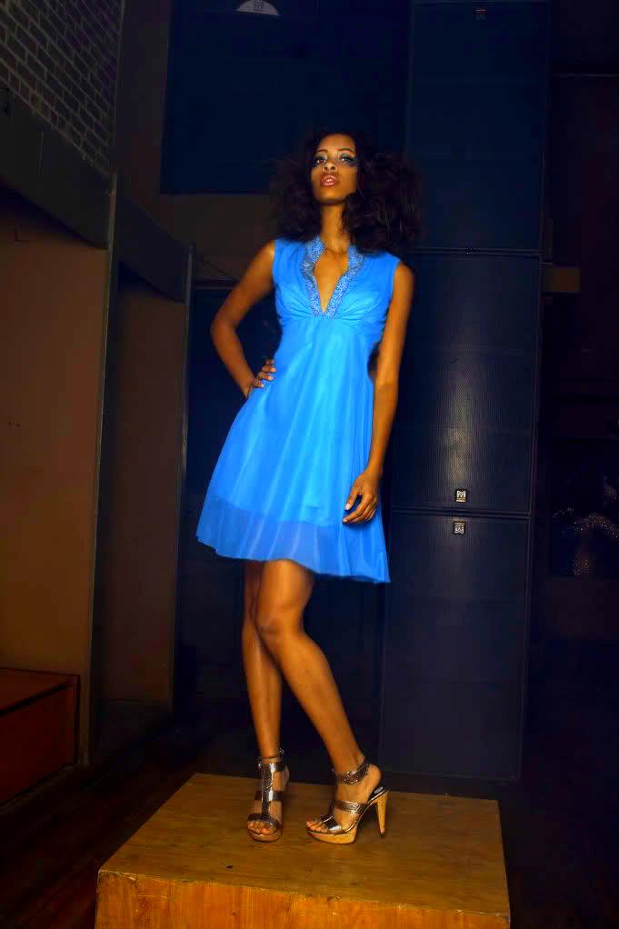 Female model photo shoot of Shina Rae in BitnG 6